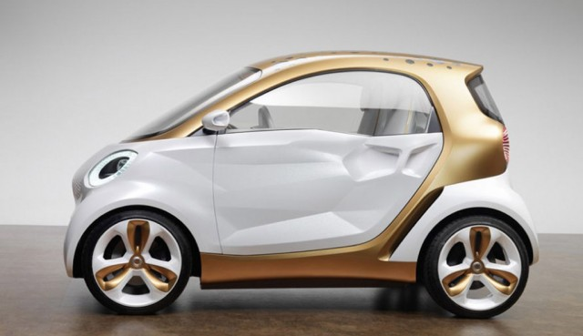 Concept vehicle side view of Smart Electric Drive